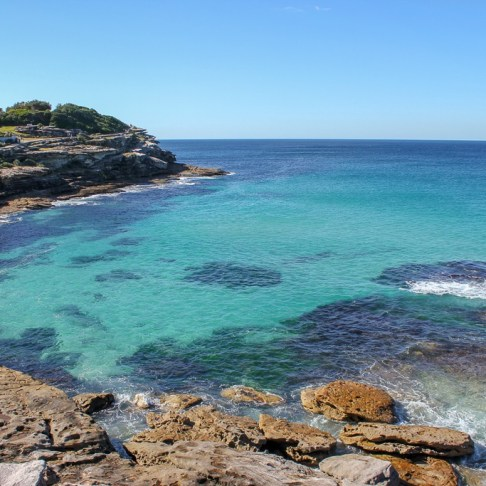 Blue ocean water along coastline between Bondi and Coogee, Australia