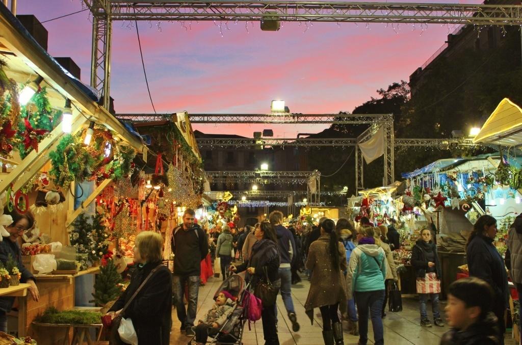 The Christmas Market outside La Catedral