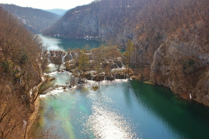 Plitvice Lakes: View of the falls and lakes from the eastern edge of the canyon