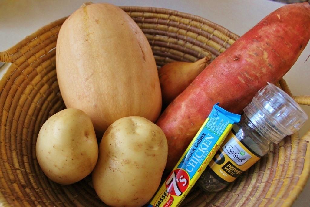 Basic ingredients for pumpkin soup