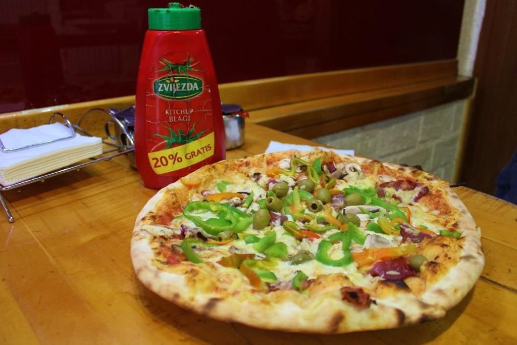 Pizza U2 Sarajevo