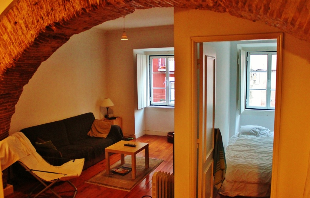Using Airbnb in Lisbon, Portugal in the Alfama district