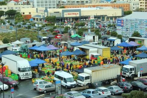 Busy Sunday at the farmers market, Wellington, New Zealand