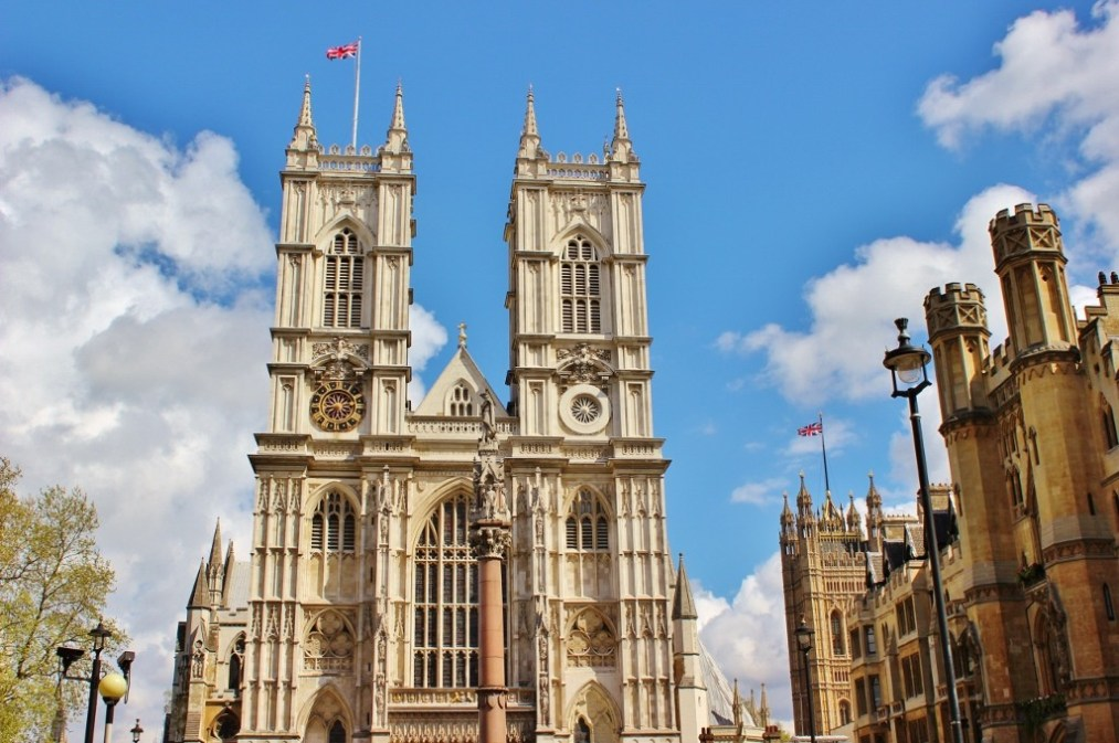 WEstminster Abbey in London, England, jetsettingfools.com