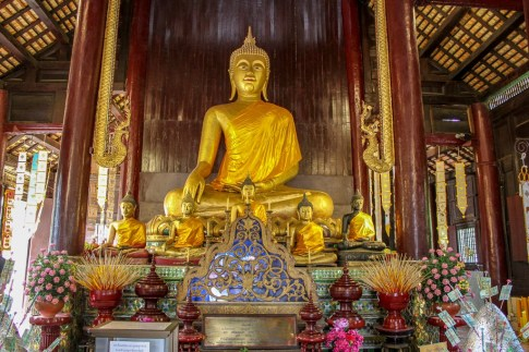 Interior of Wat Phan Tao in Chiang Mai, Thailand