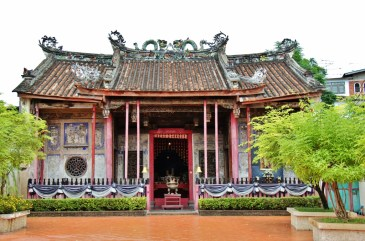 Historic Chinese shrine, Kuan an Keng Shring in Bangkok, Thailand