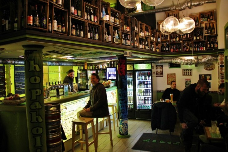 Hopaholic Craft Beer Bar in Budapest, Hungary