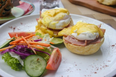 Eggs Benedict at Green Spot Cafe in Canggu, Bali, Indonesia