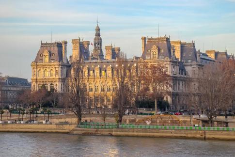 Hotel de Ville across Seine River in Paris, France