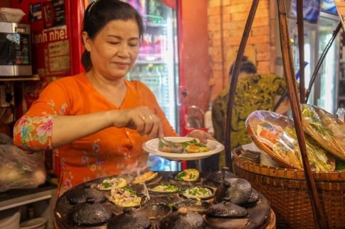 Tastey Rice Flour Cakes, Ben Thanh Food Market, Saigon, HCMC, Vietnam