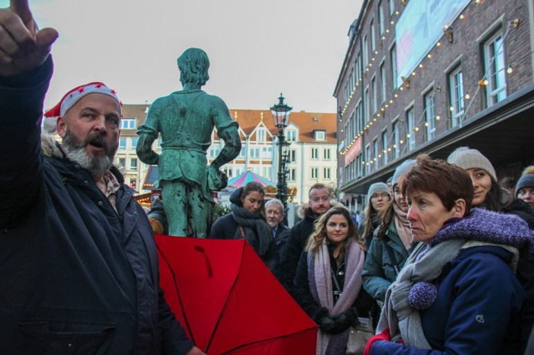 Guide for Free Walking Tour, Dusseldorf, Germany