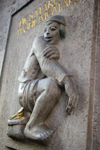 Statue Making Gold Coins, Dusseldorf, Germany