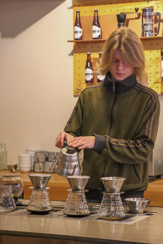 Making tea at VIER, Dusseldorf, Germany