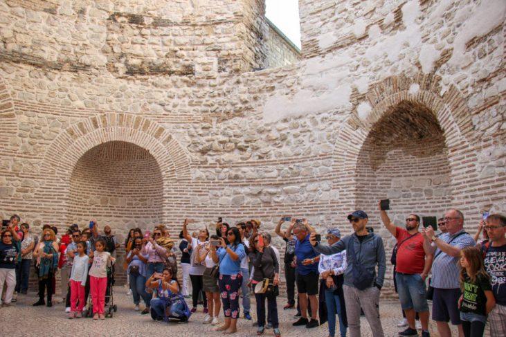 Vestibule, Crowds Split, Croatia