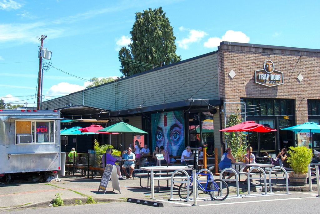 Food trucks and breweries along Main St, Uptown Villiage, Vancouver, WA