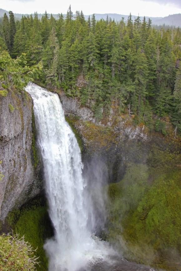 Incredible Waterfall at Salt Creek Falls, Oregon