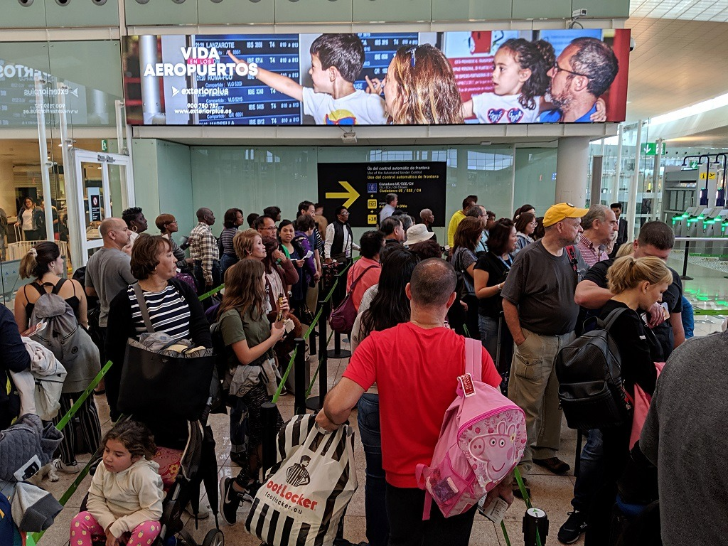 The line at the Barcelona airport