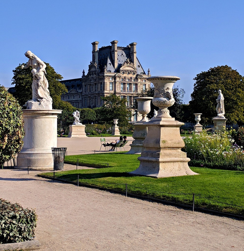 Statues in the Jardin des Tuileries in front of the Louvre museum