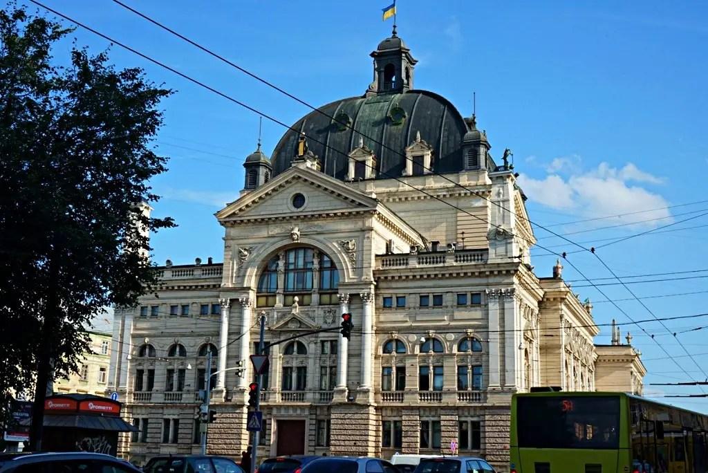 Lviv Opera theatewr from behind