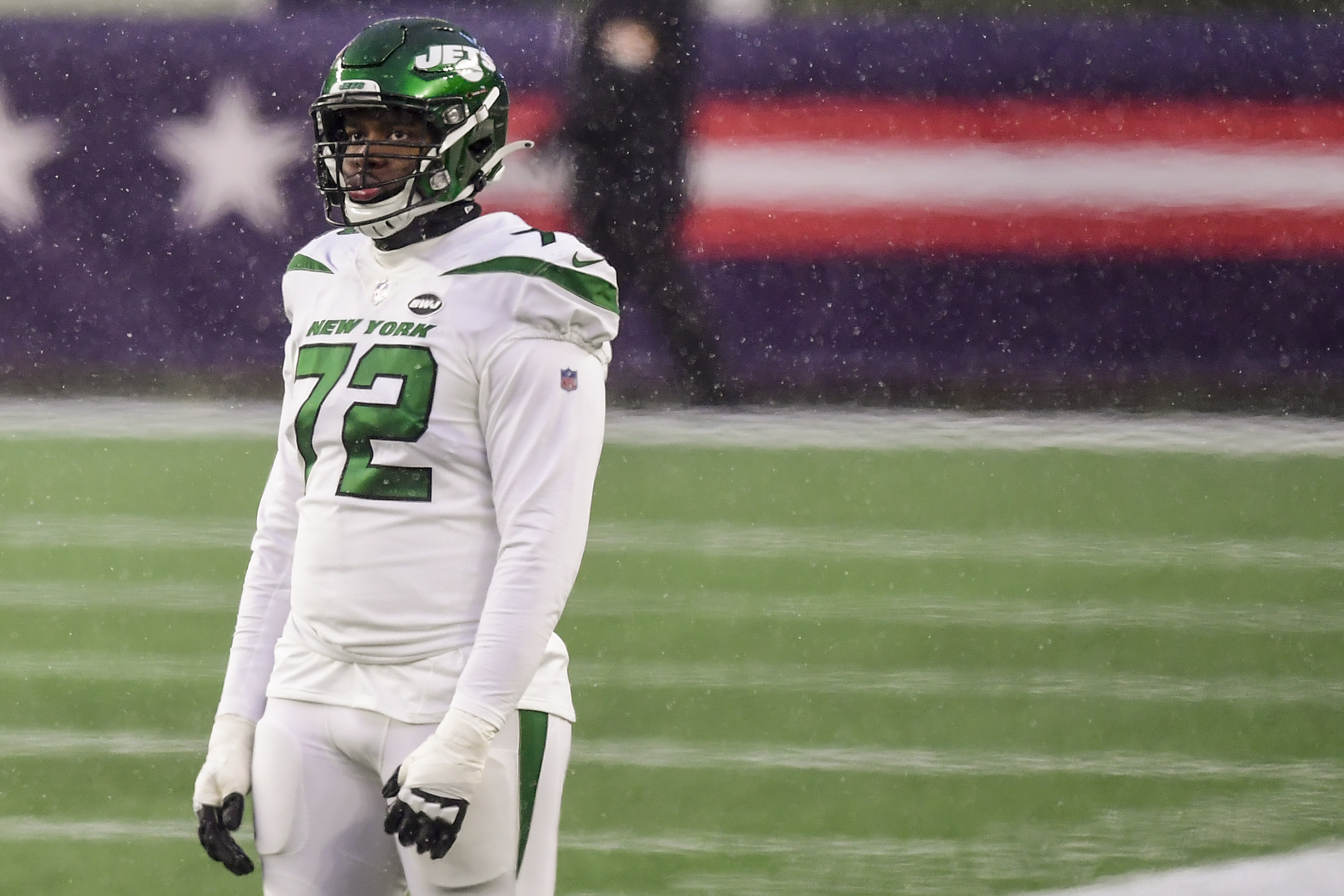Jets OL Cameron Clark expected to make full recovery
