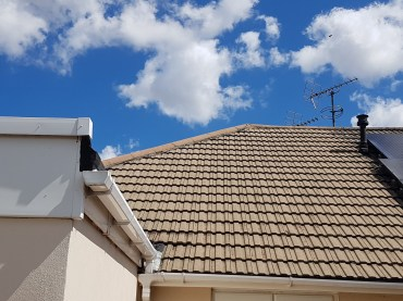 Roof Cleaning Grimsby, Roof Cleaning Cleethorpes, Roof Cleaning Louth, Roof Cleaning Scunthorpe, Roof Cleaning Lincoln, Roof Cleaning Skegness, Roof Cleaning Lincolnshire
