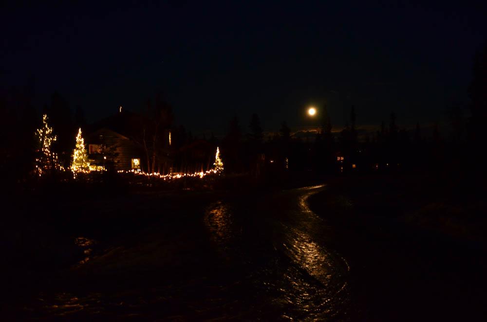 Nattlig promenad... norrskenet lyste dock med sin frånvaro. Men vackert är det på Fageråsen!