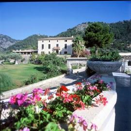 Stress & Burnout Rejuvenation Retreats with Jevon Dangeli at Hotel Monnaber, Mallorca