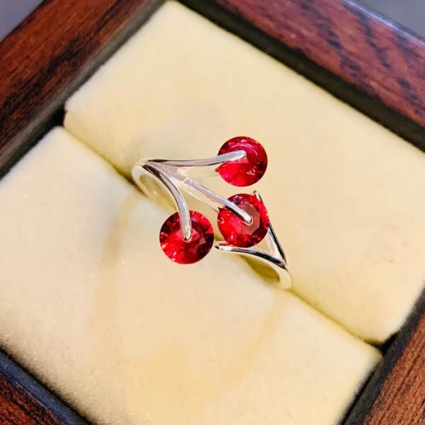 Elegant Style 925 Silver Ring for Women Ladies Chandi Rings online in Pakistan