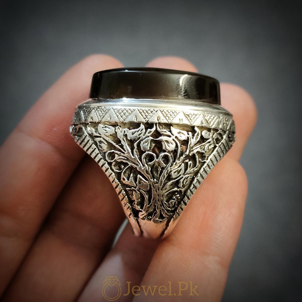 Black Aqeeq Ring Big Ring