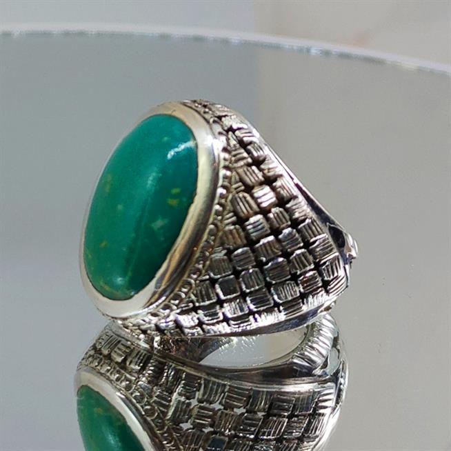Green Turquoise - Rare Hussaini Feroza