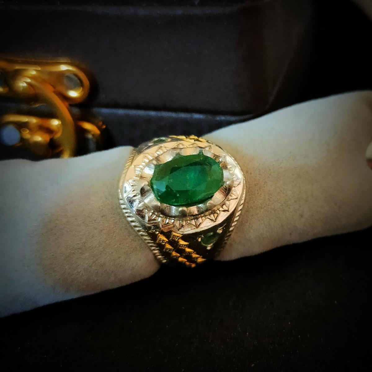 Natural Emerald Ring Handmade 925 Silver Zambian Emerald Zamurd Ring 8 natural gemstones pakistan + 925 silver jewelry online