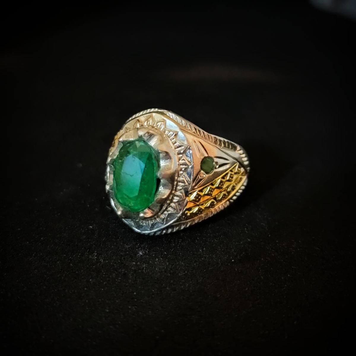 zambian emerald Ring