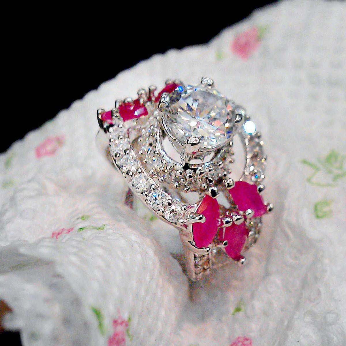Beautiful Ladies Ring With Pink Grace and Leaf Styles 1 natural gemstones pakistan + 925 silver jewelry online