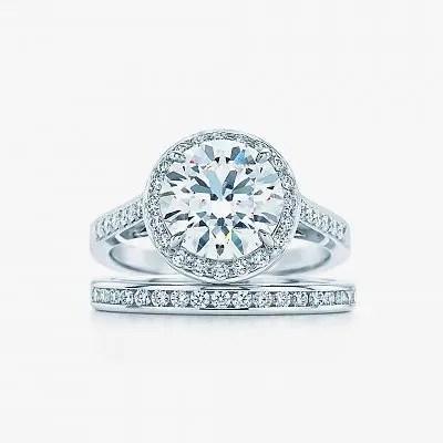 Обручальное и помолвочное кольцас бриллиантами от Tiffany
