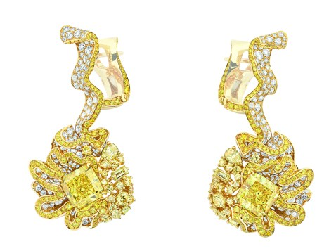 Fronce Diamant Jaune Earrings. 750/1000 yellow gold, diamonds and yellow diamonds.