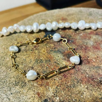 Glimt armbånd med barokke perler