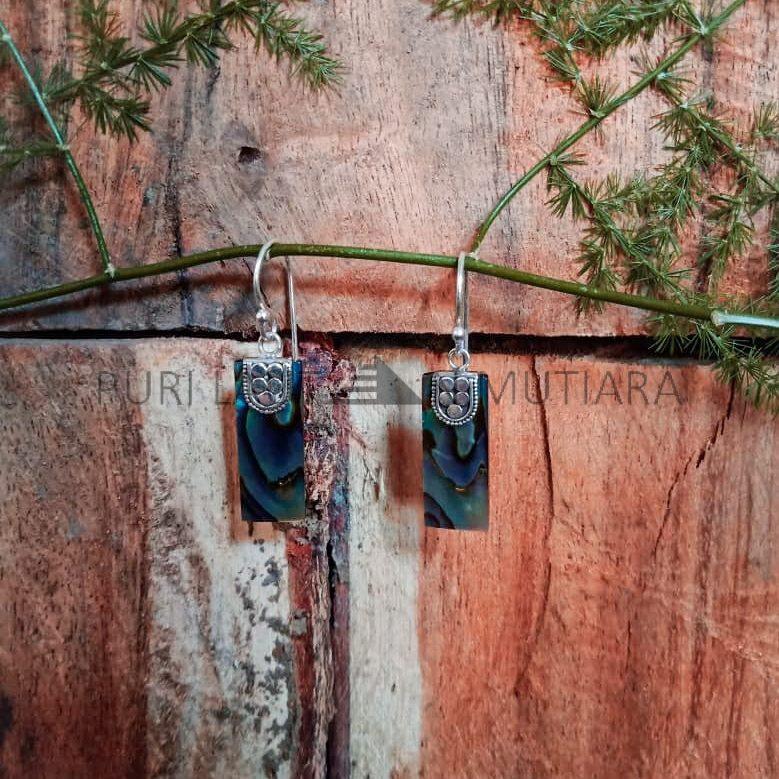 ES0110-Rectangle Abalone Earrings