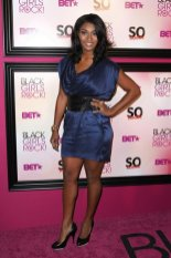 Tocarra wearing the Twisted Knot Ring to the Black Girls Rock Award Show