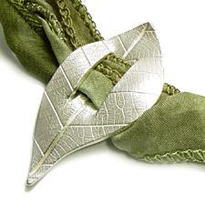 leafbuckle.jpg