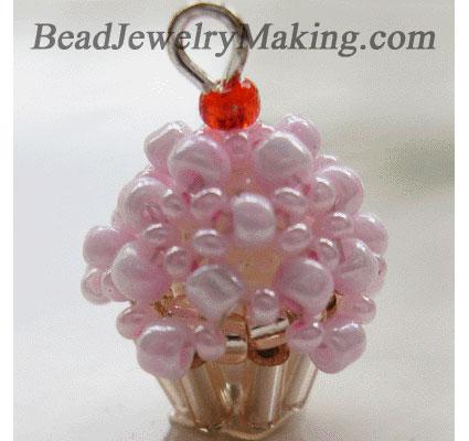beaded crystal cupcake