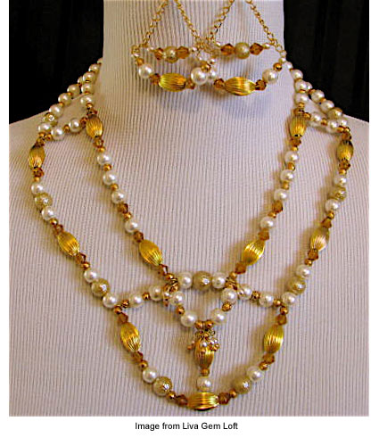 necklace and earrings from Liva Gem Loft