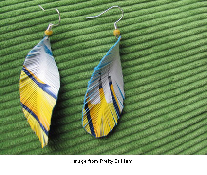 plastic feathers from pretty brilliant