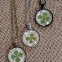 DIY Lucky Clover Pendant Necklace
