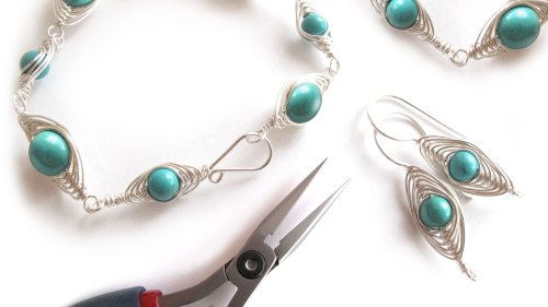 Decorative Wire Wrapping - Mastering the Herringbone Wrap