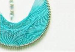 DIY Peruvian thread earrings (video tutorial)