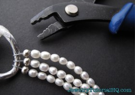 how to use a crimping tool