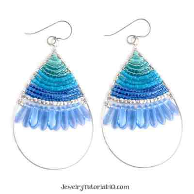 Design with me - bead-along teardrop earring tutorial
