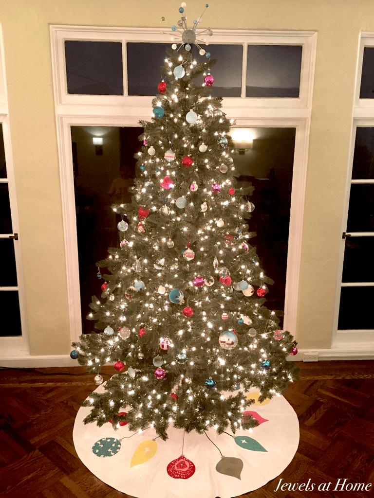 Retro Mid Century Ornaments Christmas Tree Skirt Jewels