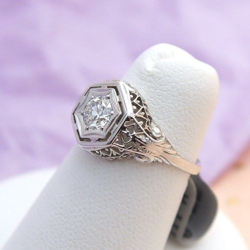 Vintage Art Deco Diamond Ring in 14k White Gold