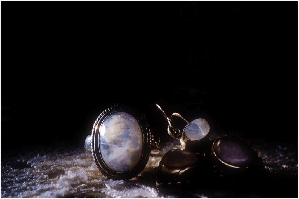 Optimal Uses of Moonstone